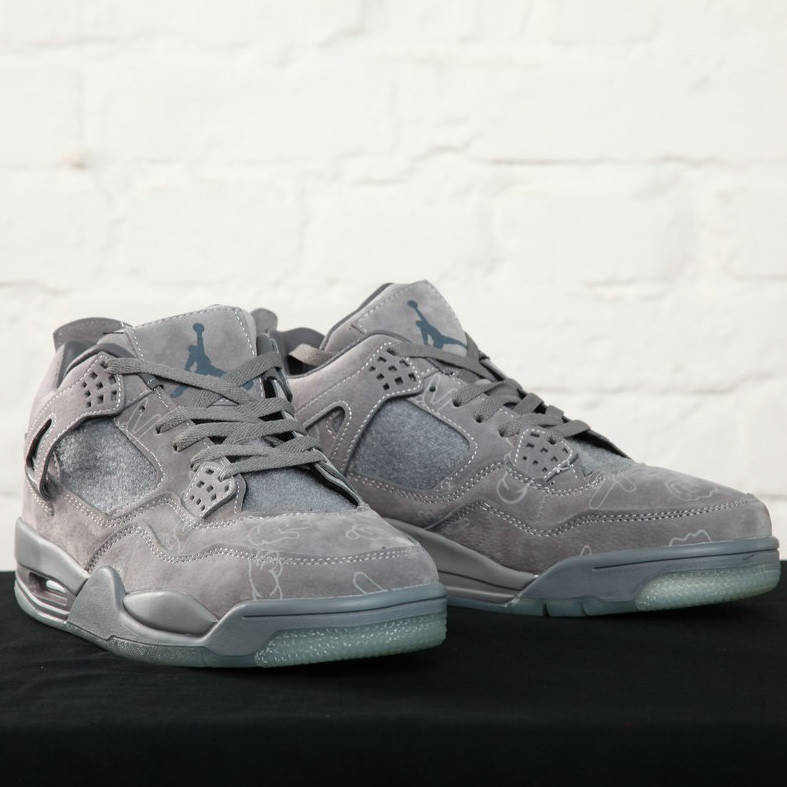 Nike Air Jordan IV Retro Kaws (реплика)