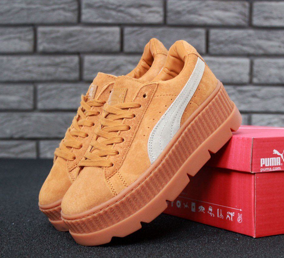 Кроссовки в стиле Puma x Fenty Cleated Creeper Platform Golden Brown женские da60ead606fb1