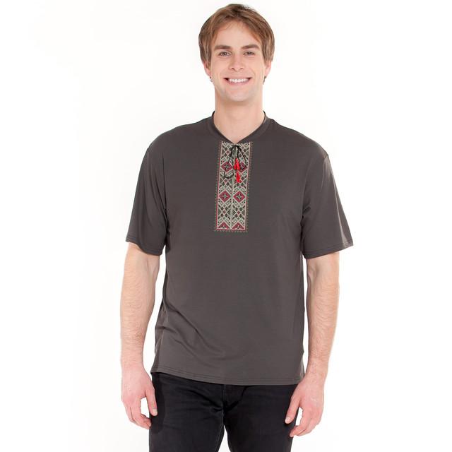 мужская вышитая футболка с украинским орнаментом