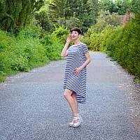 Платье летнее в полоску с асимметричным подолом для беременных и кормящих мам HIGH HEELS MOM (размер S/M), фото 1