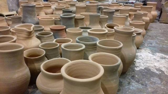 Глечики з глини ручної роботи декоративні