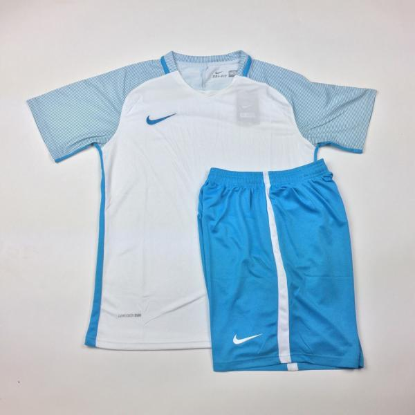 Футбольная форма Nike (бело-голубая)