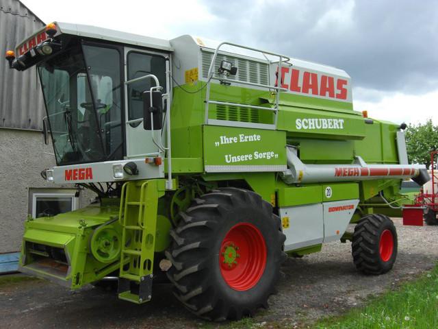 Зерноуборочный комбайн Mega 208
