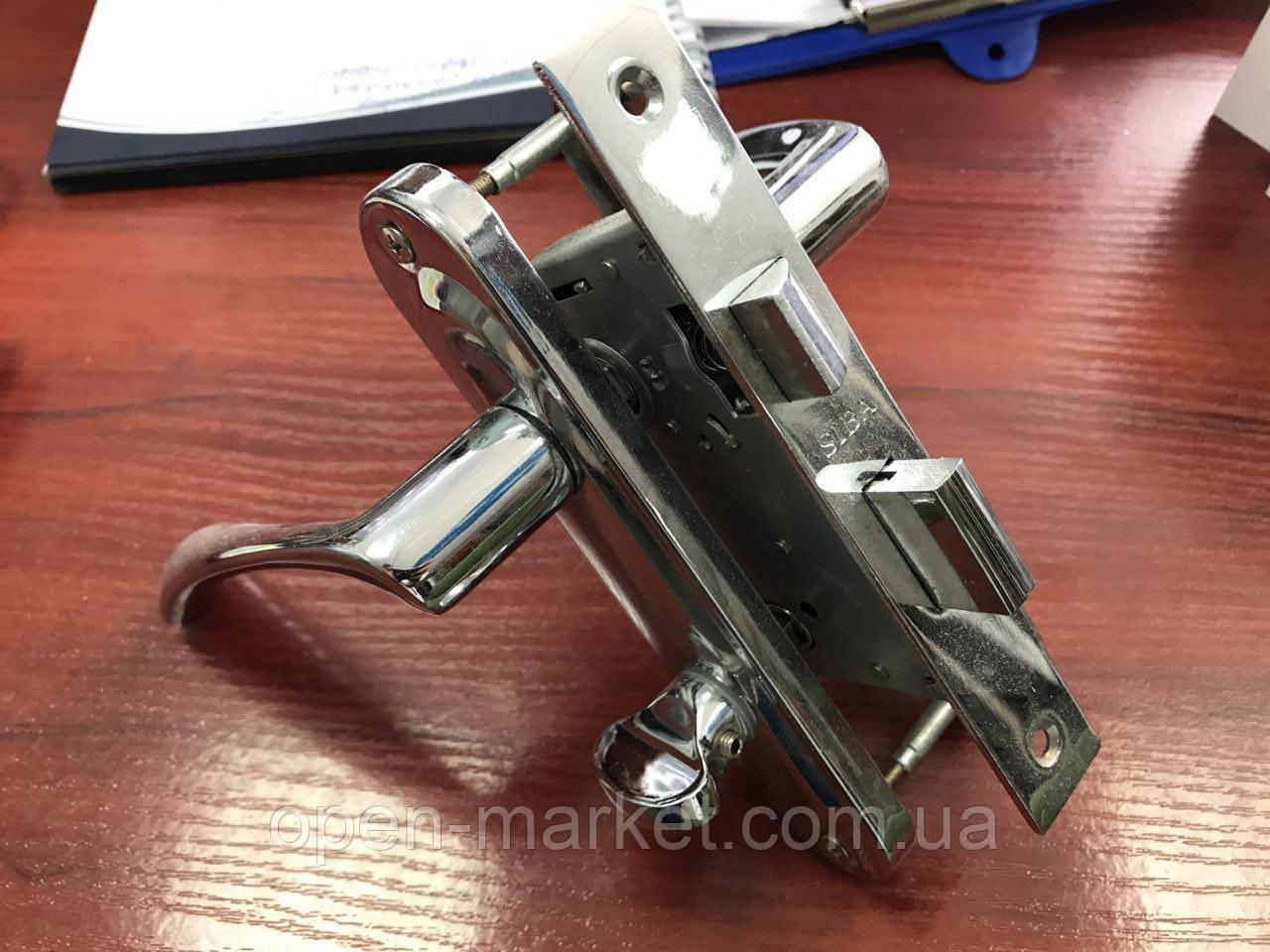 Ручка-планка с сердцевиной ключ-ключ и механизмом для межкомнатной двери с замком, Николаев