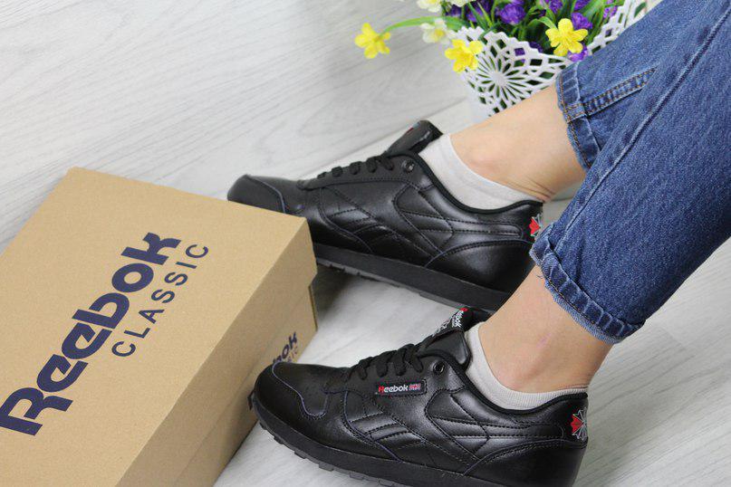 Женские кроссовки Прессованная кожа, цвет черный 37