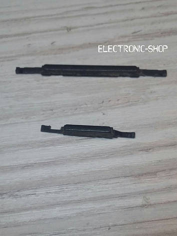 Кнопки пластик ( звук и включения ) HTC Desire 600 оригинал б.у, фото 2