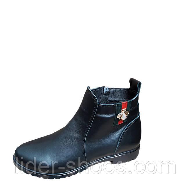 Женские демисезонные ботинки Marini