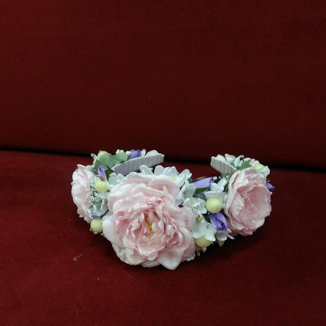 Объемный венок на голову из пион розовый