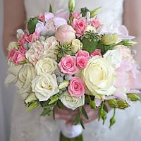 Свадебный букет с головками мака