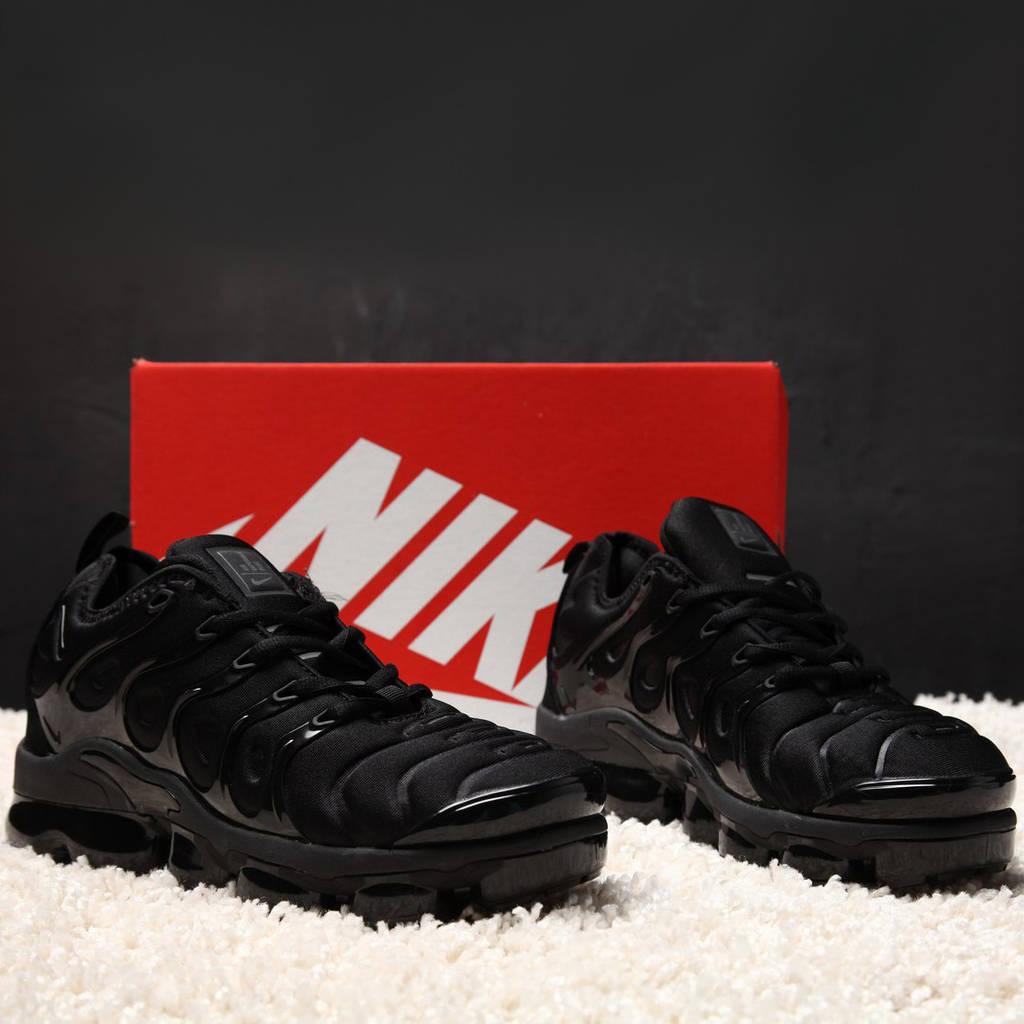 Nike Air Max Vapormax Plus Black (реплика)