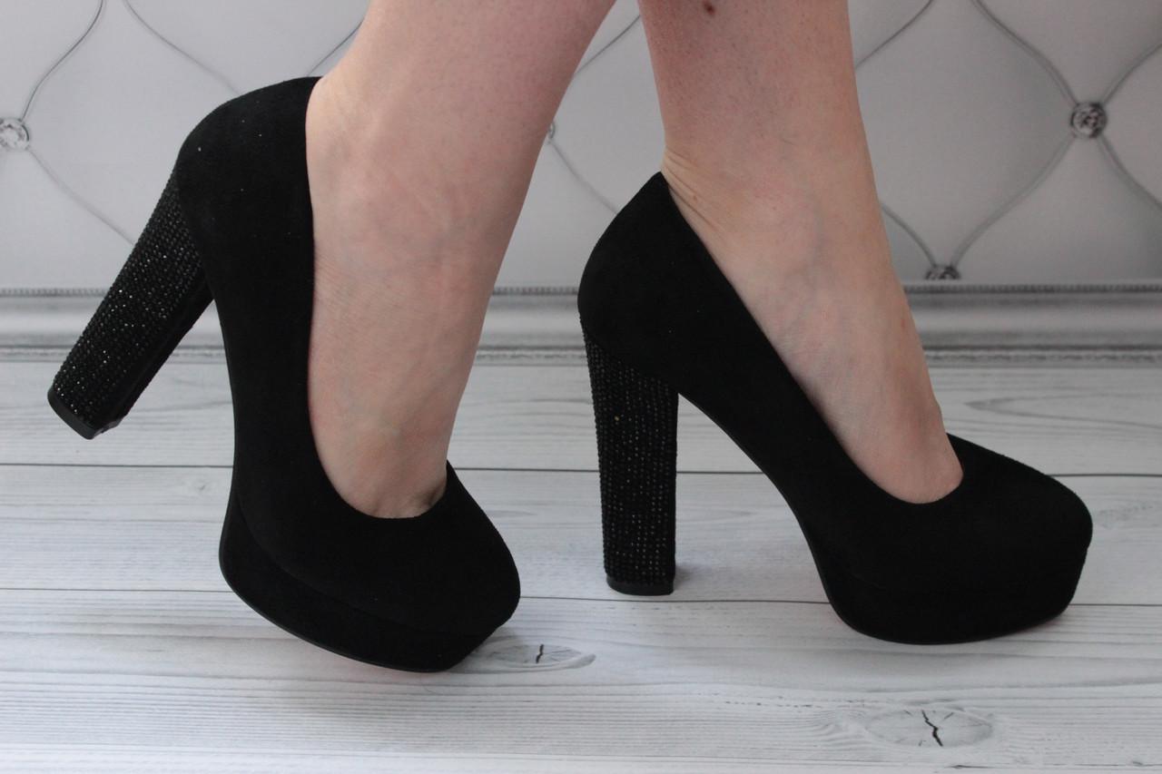 Женские замшевые туфли на каблуке размер 36