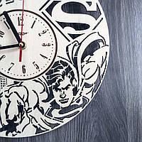 Деревянные часы в детскую Superman