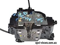 Замок двери зад лев электр 6 пинов двойная кабина Opel Movano 2010-2018 4421453 825030007R