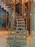 Лестница из стекла и метала, фото 1