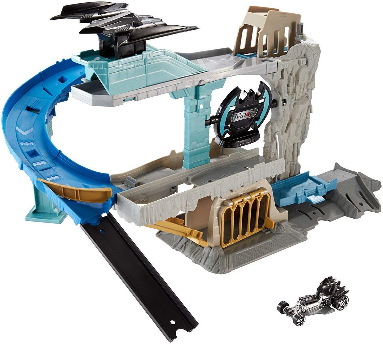Трек Хот Вилс Убежище Бэтмена Hot Wheels DC Batcave Playset