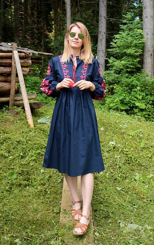 7b41c2d8ed5665 Вишиті плаття (сукні) жіночі. Товары и услуги компании
