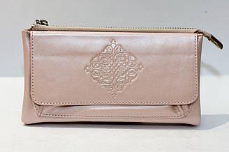Кожаное  портмоне розового цвета фирмы DEKOL (12813)