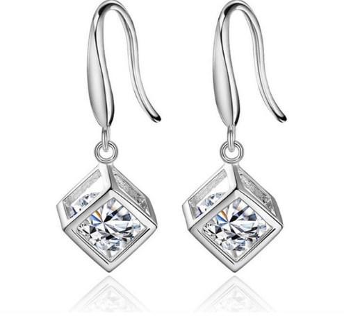 Серебряные серьги Куб стерлинговое серебро 925 пробы (код 0047)