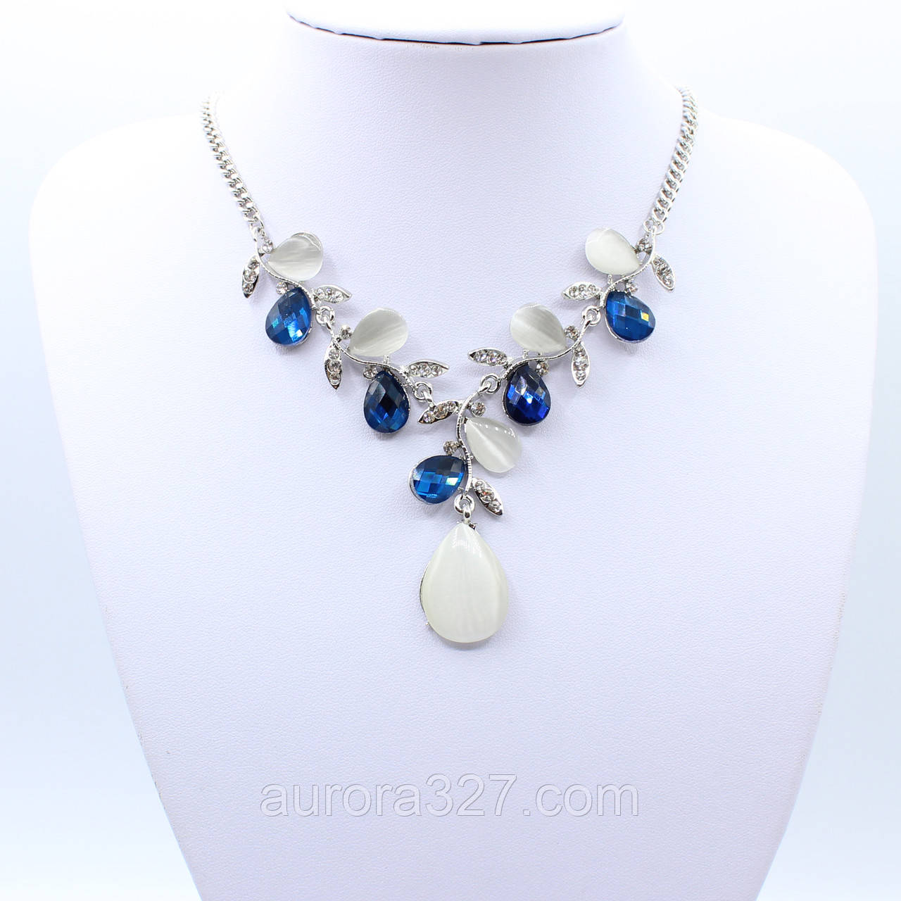 """Колье  """"Джакинзэ""""  L-50 см декорировано кристаллами"""