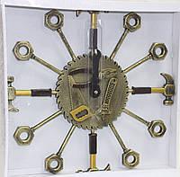 Часы настенные в форме набора инструментов, золотистые, d 37 см, фото 1