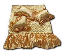 Атласное покрывало на кровать с подушками Евро размера