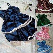 Красивая пижама из атласа