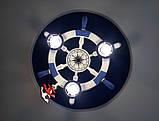 Люстра штурвал деревянная белая на 3 лампочки в морском стиле с компасом, фото 4