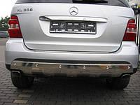 Накладка заднего бампера хром на Mercedes (Мерседес) ML W164 (оригинал) A1648854423