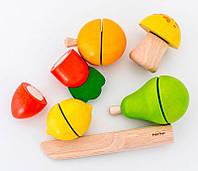 Деревянный игровой набор Фрукты и овощи, PlanToys