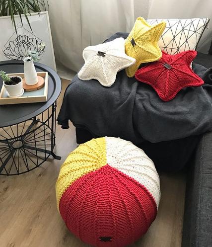 пуфик, интерьерный пуф, вязаный пуфик, интерьерные подушки, изделия из трикотажной пряжи
