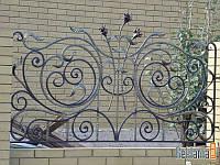 Кованый забор с розами