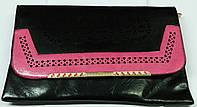 Клатч жіночий чорний зроблений з штучних шкіри 34*20