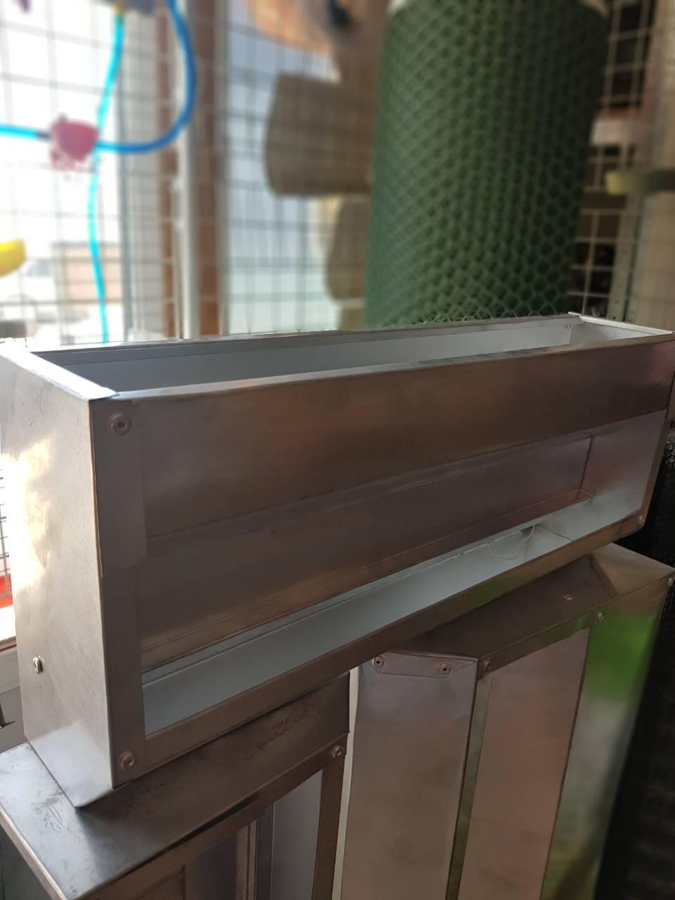 Кормушка бункерная на клетку 50 см для броилеров
