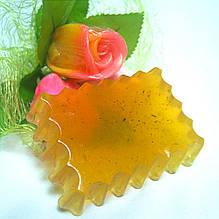 Мыло натуральное детское с ромашкой, шалфеем и эфирным маслом розового дерева