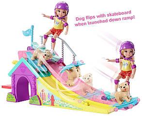 Набор Барби Челси с собачкой в Скейт-Парке Barbie Club Chelsea Flips & Fun Skate Ramp, фото 2
