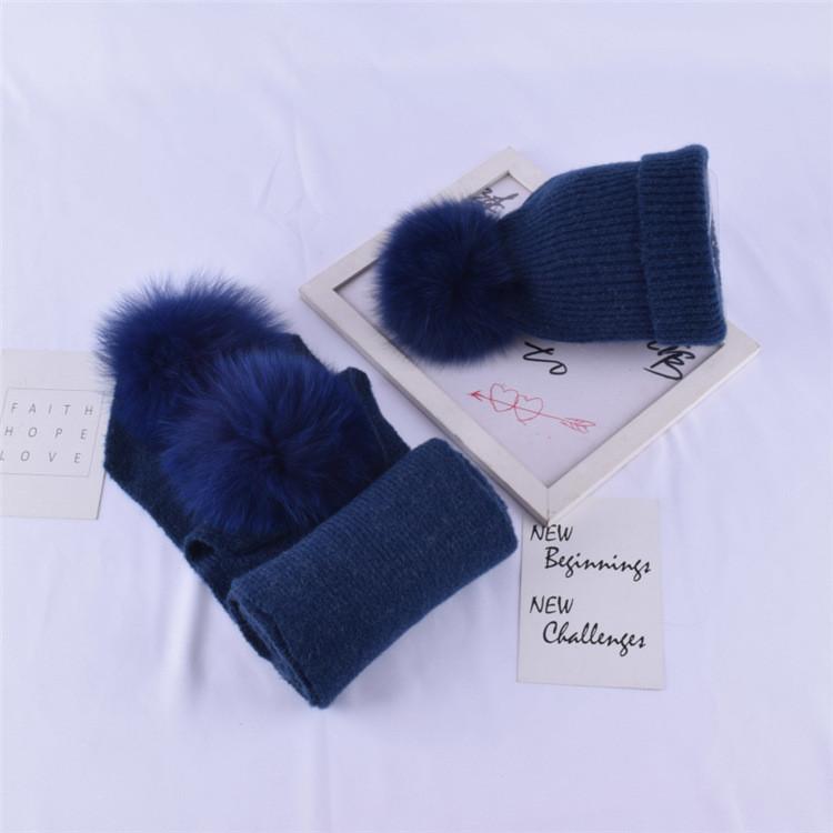 Детский набор шапка + шарф с помпонами синий