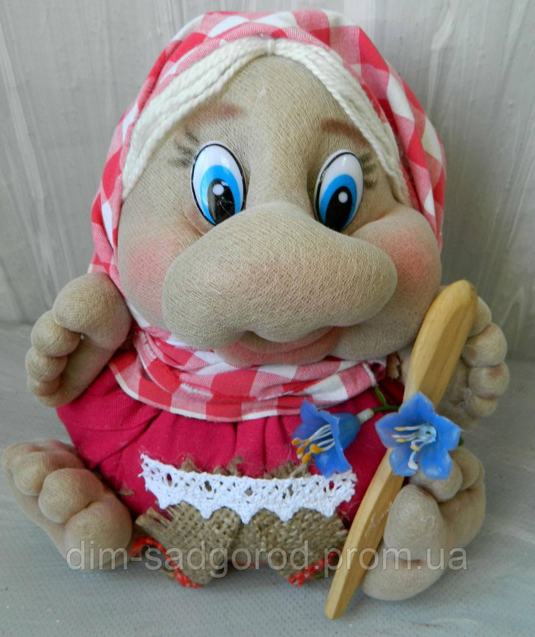 Бабуся з дерев'яною ложкою 17 см Бабуля с деревянной ложкой