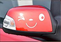 Виниловая наклейка на автомобиль Смайлик
