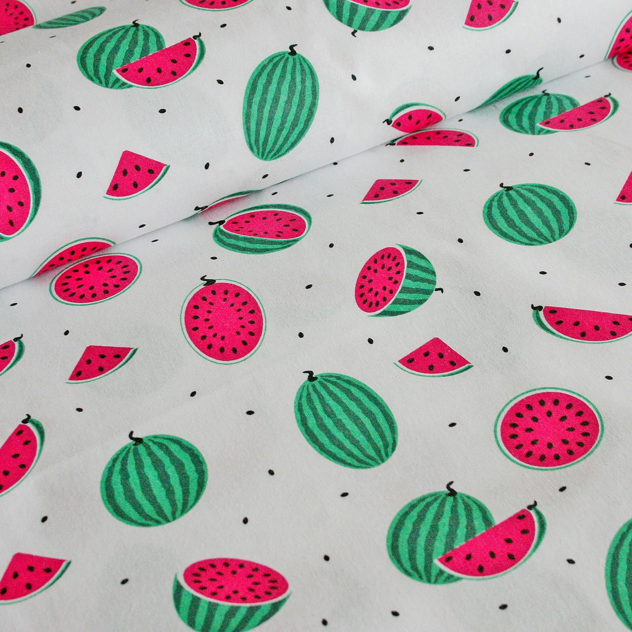 Хлопковая ткань польская, арбузы маленькие красно-зеленые и черные семечки на белом