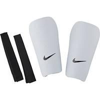 Футбольные щитки Nike J Guard-CE