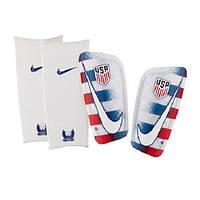 Футбольные щитки Nike Mercurial Lite USA
