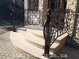 Лестничное ограждение с элементами ковки (Киевская область, Белогородка)