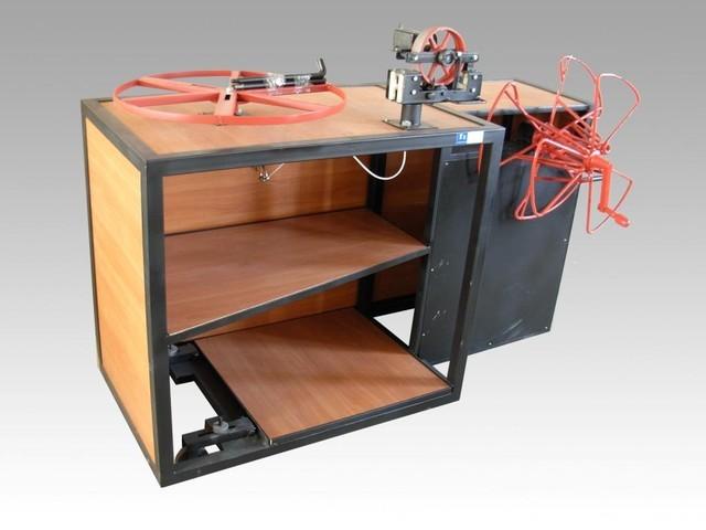 Прилавок УПМ-П-500Р (ручной) для перемотки кабеля «бухта-бухта» - КабельТоргТехника в Черкассах