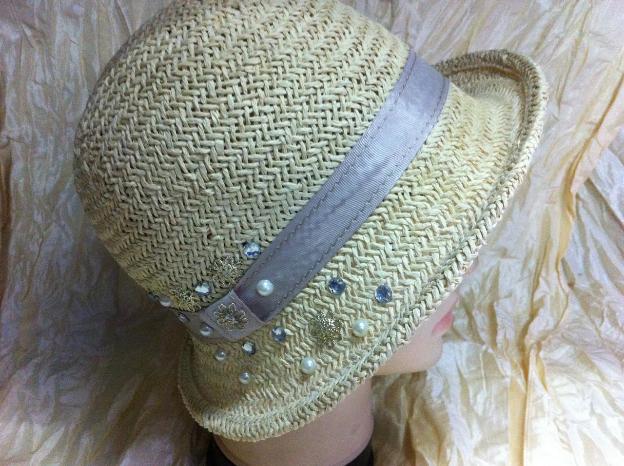 Летняя женская шляпа  из натуральной соломки от солнечных лучей