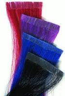 Цветные пряди натуральных волос для ленточного наращивания.