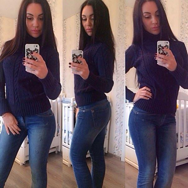 Женский тёплый свитер хомут