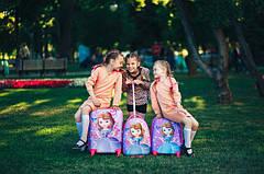 Чемоданы детские текстильные и пластиковые наборы