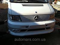 """Накладка на передний бампер """"4 туманки"""" Mercedes Vito w638"""
