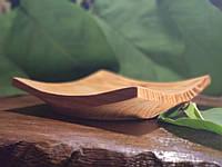 Деревянная пиала под салаты