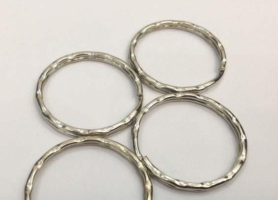 Кольцо на ключи     3  см